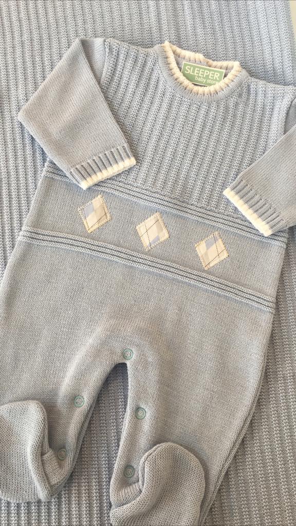 Saida de maternidade em tricot azul